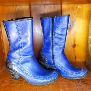 Cute blue vintage Eject booties